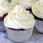 cupcakes di cantuccini con panna al cocco