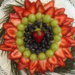 crostata di fragole e uva